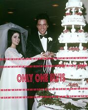 ELVIS & PRISCILLA PRESLEY 1967 8x10 Photo LAS VEGAS WEDDING Cutting the Cake