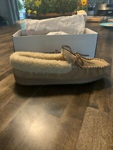 New Minnetonka Men Cade Trapper Suede Slippers Faux Fur Sherpa Whiskey Lined 10