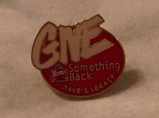 WENDY'S FAST FOOD RESTAURANT WORK LAPEL PIN UNIFORM BADGE GIVE DAVE'S LEGACY