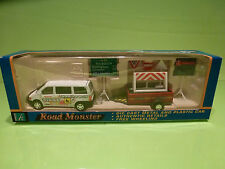 HONGWELL ROAD MONSTER SERVICE AC1241 MERCEDES VITO + TRAILER + SIGNS - MIB