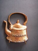 Vintage Cast Iron Teapot Kettle Wall Plaque w/ Two Key Hooks Copper Holder