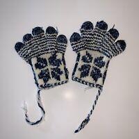 Vintage Handmade Nordic Fair Isle Knitted Gloves One Size Unisex Blue White