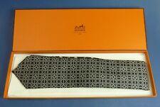 HERMÈS -Krawatte - Seide - Box - 5094 PA   - #16119