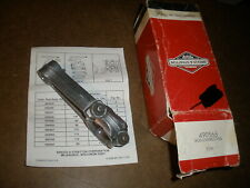 Briggs & Stratton Gas Engine Connecting Rod 490566 New Old Stock Vintage