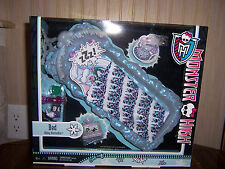 NIB Monster High Abbey Bominable BED Playset  New In Box