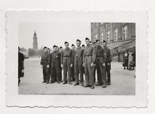 45/631 FOTO SOLDATEN PIONIERE FEUERWEHR  PIMPFE RAD  KVP ? DROGERIE ELSTERWERDA