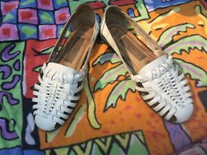 White Predictions Leather Huarache Sandals Shoes, Size 8W, White/Made in Brazil