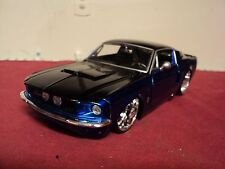 Jada  1967 Shelby Mustang GT500 KR 1/24 scale used   2005 release 2 tone HTF