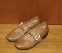 Ladies Clarks Shoes Size 4.5 Ideal Work Tan Leather