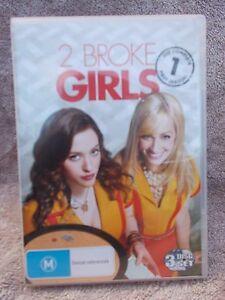 2 BROKE GIRLS THE COMPLETE FIRST SEASON(3 DISC BOXSET)  DVD M R4