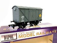 Dapol Model Railways OO Scale B532 - GWR Banana - Vent Van