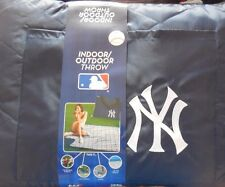 MLB NEW YORK YANKEES INDOOR/OUTDOOR BLANKET