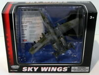 Motormax Skywings 1/100 Scale 77015 - A-10A Thunderbolt With Display Stand