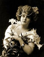 """1902 Young Woman Holding Lilies Vintage Old Photo 8.5"""" x 11"""" Reprint"""