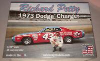 Richard Petty 1973 Dodge Charger 43 STP stock car 1:25 scale model car kit