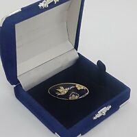 VINTAGE Sparkly Bird Brooch Black Enamel Oval Collar Pin Gold Tone Dainty