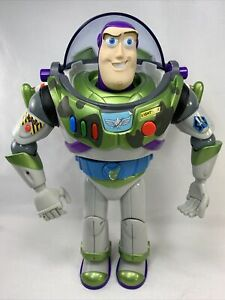 Disney Toy Story 2 Camouflage Military Buzz Mattel not working display only