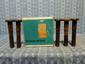 1975-1991 Chevrolet & GMC 30 Series Dual NOS GM Box of 5 Rear Hub Bolts #355815