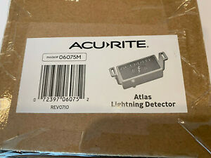 AcuRite Lightning Detector Atlas Weather Station, Red