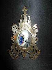 ancien objet religieux médaille porcelaine émaillée peinte croix laiton XIX ème