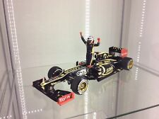 1/18 Kimi Raikkonen 2012 minichamps  Renault Boxed.......with standing figure