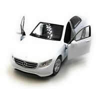 Modellauto Mercedes Benz E400 E-Klasse Limousine Weiss Auto 1:34-39 (lizensiert)