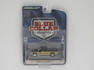 1:64 1990 Chevrolet S-10 - Blue Collar Collection (Black/Brown) Greenlight 35200