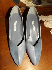 Vintage Polly Bergen shoes/heels leather gray size 9 Aaa 3in. heel