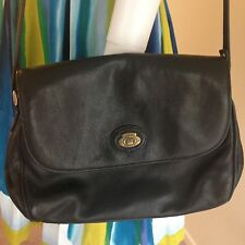 Vintage ETIENNE AIGNER Shoulder Bag Black Leather Matte Multi Compartment