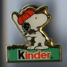 RARE PINS PIN'S .. BD COMICS / KINDER CHIEN SNOOPY PEANUTS ¤7K