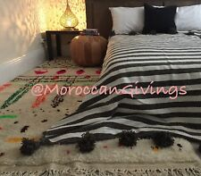 """Marocain tissés à la main pompon Couverture/100% coton naturel, 79""""Wx118""""L/200Wx300L."""