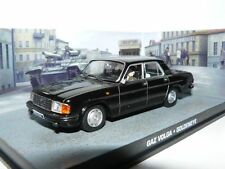 DIORAMA GAZ VOLGA JAMES BOND 007 GOLDENEYE 1/43 UNIVERSAL HOBBIES RUSSIE RUSSIA