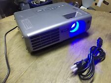 NEW Epson EMP-61 LCD Projector M1  *FREE SHIPPING*
