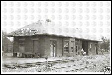 Minneapolis & St Louis RR M&StL and Wabash RR Jnt Depot in Albia IA NEW POSTCARD