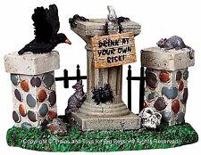 Lemax 94974 CREEPY FOUNTAIN Spooky Town Accessory Halloween Decor O G Retired I