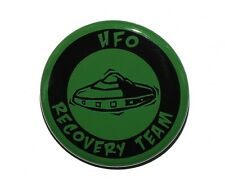 """UFO RECOVERY TEAM - Pinback Button Badge 1.5"""" Aliens"""