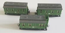 VINTAGE THREE EGGER BAHN N GAUGE GREEN CARRIAGES ONE MISSING ROOF FAIR CONDITION