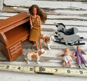 Vintage dollhouse miniature mixed lot toys Glamour Gals, Fisher Price, dolls +