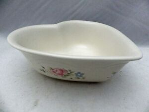"Pfaltzgraff Tea Rose pattern - Heart shaped, serving Bowl - 8 1/4"" wide - EUC"