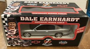 BROOKFIELD '95 NASCAR 1:25 DALE EARNHARDT CHEVY MONTE CARLO CAR LIMITED EDITION