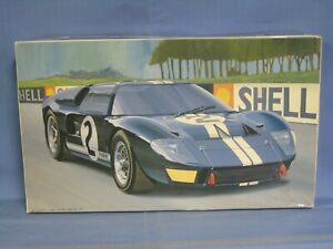 Fujimi Ford GT40 Mark II 1966 Le Mans Model Car Kit 1/24 Scale SEALED PARTS BAGS