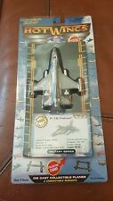 2006 F - 16  Falcon - Hot Wings Diecast Collectable Planes - Military Series
