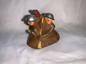 Vintage Barclay Manoil Toy Soldiers In Raft