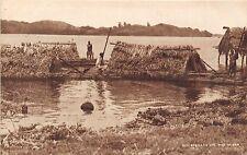 POSTCARD     FIJI    Houseboats on the River  Rewa           TUCK
