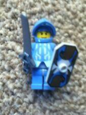 LEGO PLAIN grigio scuro Bluastro piumato//ALATA Angel Statua minifigura//REGNO