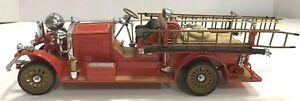 1990 FRANKLIN MINT FIRE TRUCK AHRENS 1922 FOX R-K-4 PUMPER FIRE ENGINE 1:32