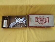 Ancien pistolet à peinture MAUGUIERE type ZEPHIR,dans sa boite d'origine