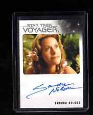 Star Trek Voyager Heroes and Villains Sandra Nelson auto. card