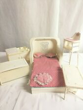 Barbie Vintage Dream Cottage White Wicker Furniture Pullout Love Seat Chair 1983