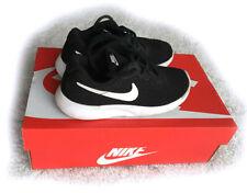 Nike Tanjun (PS) Kinder Sneaker Größe 29 / 30 Turnschuhe Sportschuhe 818382-011